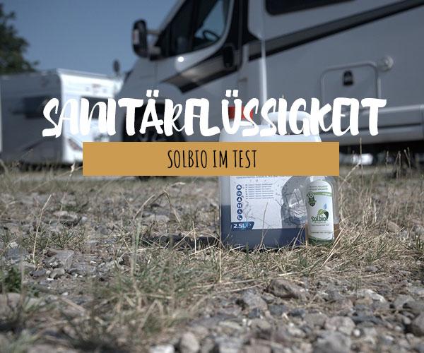 Biologisch abbaubare Sanitärflüssigkeit für eine nachhaltige mobile Campingtoilette